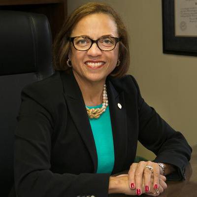 Dr. Pamela Gunter-Smith
